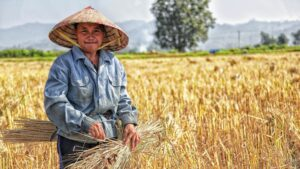 Deglobalization of Agriculture